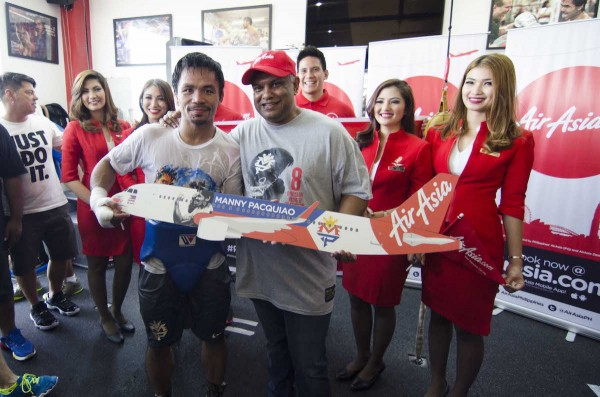 Manny Pacquiao with AirAsia President Tony Fernandez