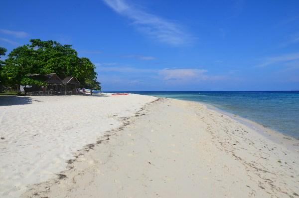 Pamilacan Island White Sand Beach in Bohol