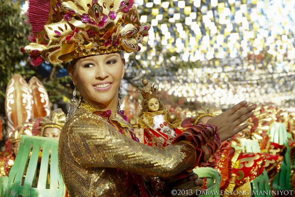 Sinulog Festival 2015 photo by Jeshurun Flores via Flickr Creative Commons