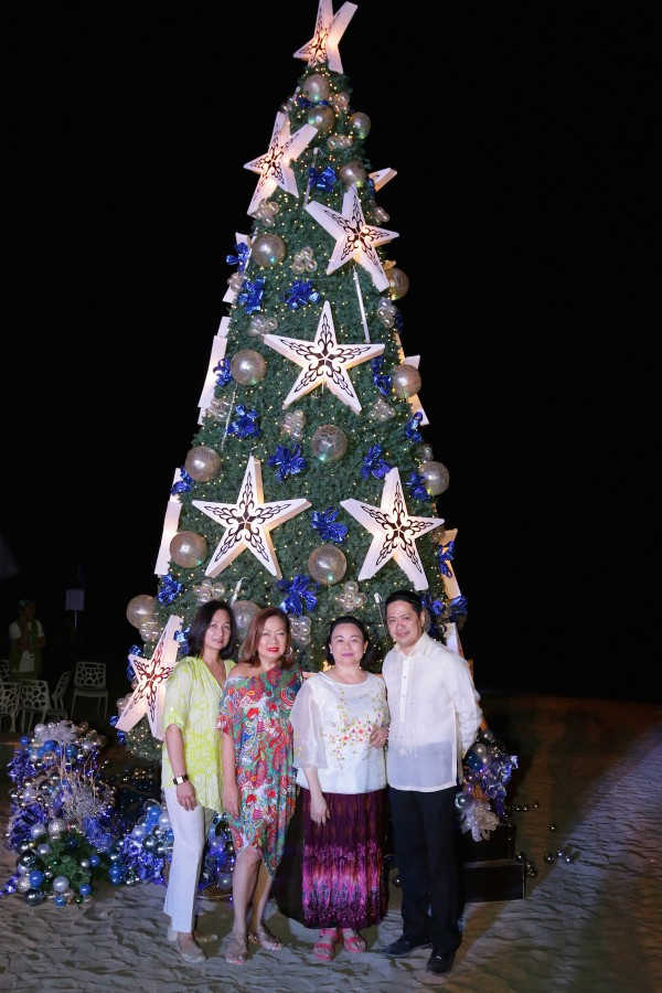 From left to right: SMHCC SVP Operations Peggy Angeles, Pico de Loro Beach and Country Club President Rita Dy, Pico Sands Hotel Manager Faye Deloso and Pico de Loro Beach and Country Club General Manager August Samala