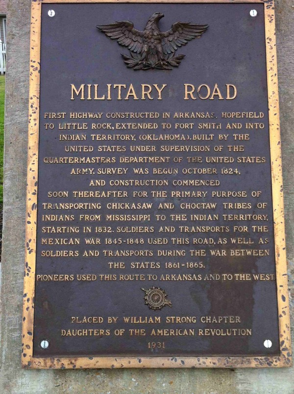 Military Road Marker US 64 Marion AR by DavGreg - Own work. Licensed under CC BY-SA 3.0 via Wikimedia Commons