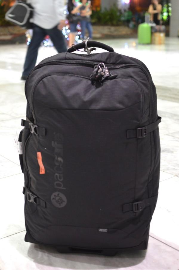 Pacsafe Toursafe™ AT29 anti-theft wheeled duffel