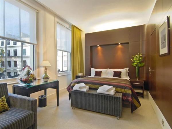 Rooms at Park Grand London Paddington Hotel