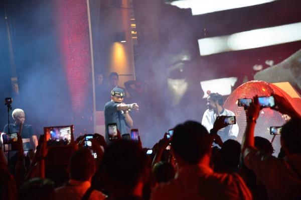 Ne-Yo at the Concert of Dreams