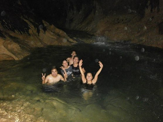 The cold jacuzzi in Tungtong Cave