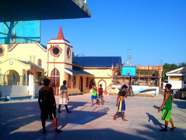 Play the favorite sport of the Filipinos at the barrio
