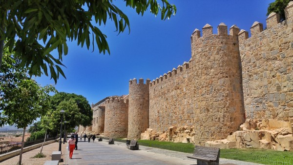 Walking outside Muralla de Avila