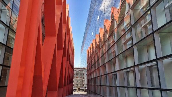 Building of the Museo de la Evolución Humana