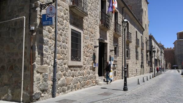 Palacio de Los Velada Hotel Review