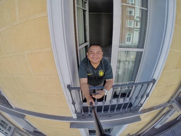 Window Selfie
