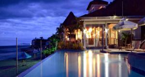 Kahuna Beach Resort and Spa