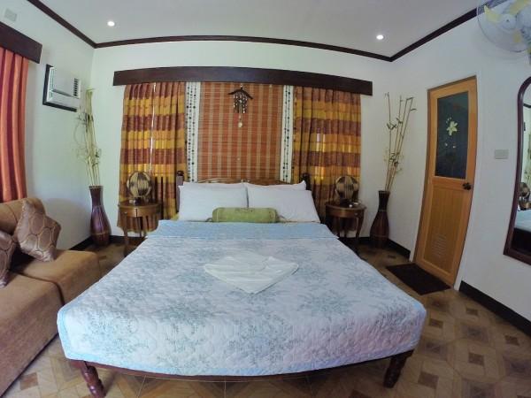 My Bed at Villa Khadine Grand Vista Resort