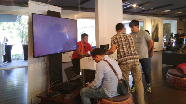 Tech and Lifestyle Bloggers testing the PLDT Home Fibr internet connection