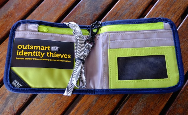 Pacsafe RFIDsafe Bi-fold Wallet