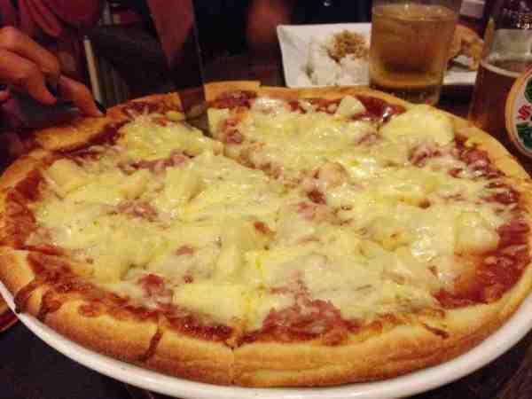Hawaiian Pizza at Pizza Volante