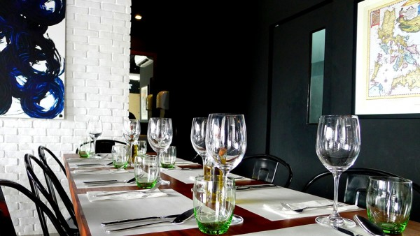 Table setting and plating