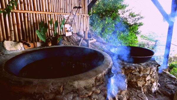 Hot Kawa or Cauldron Bath