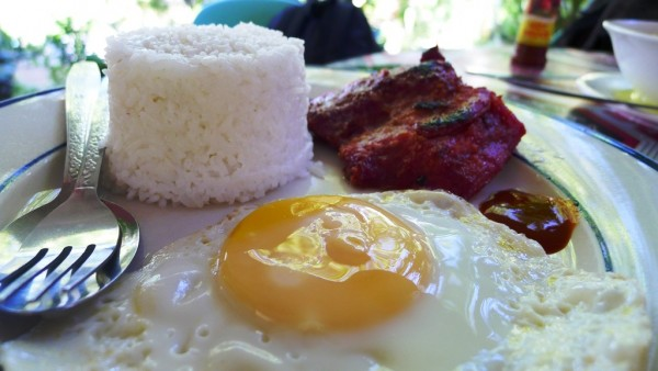 Tosilog at Ging-Ging's