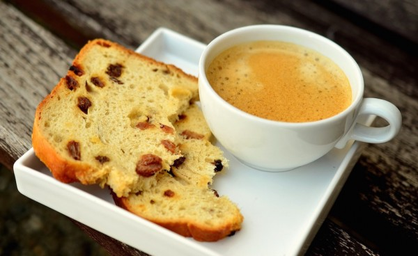 Coffee with Raisin Bread