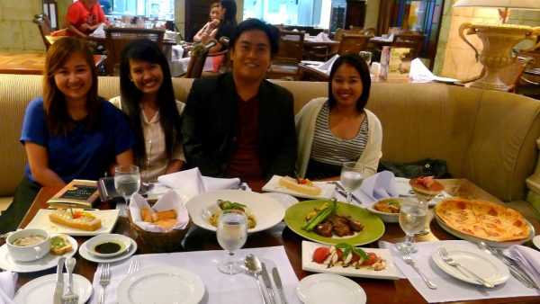 Cebu Bloggers at Waterfront's La Gondola