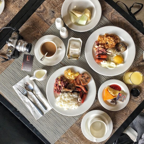 Breakfast at B Hotel QC