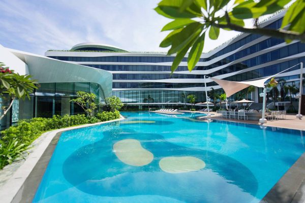 Conrad Manila Outdoor Infinity Pool