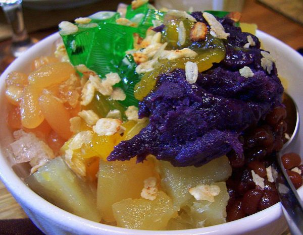 Halo Halo Pinoy Delicacies