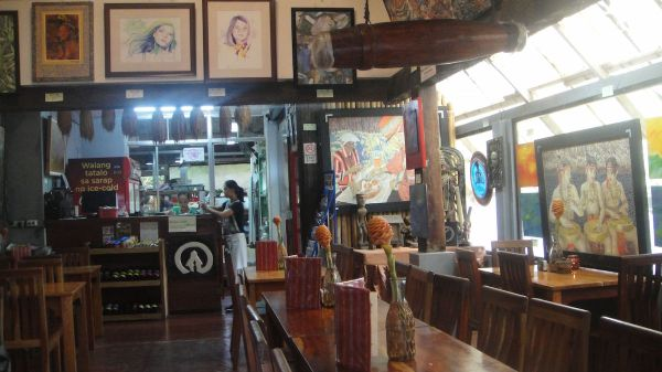 Art within the walls of the Tam-Awan Cafe