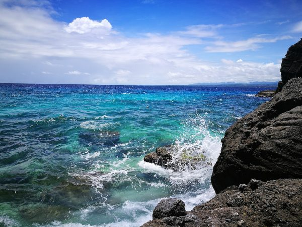 Rough seas at Apo Island