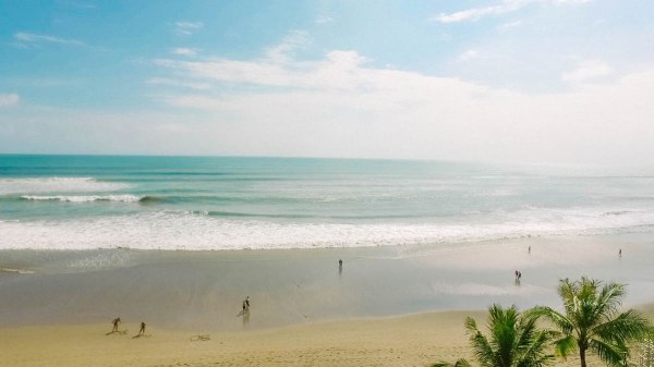 The view that stretches out into infinity – the Seminyak Beach