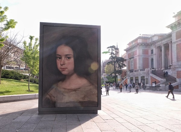 A huge painting replica infront of Museo del Prado