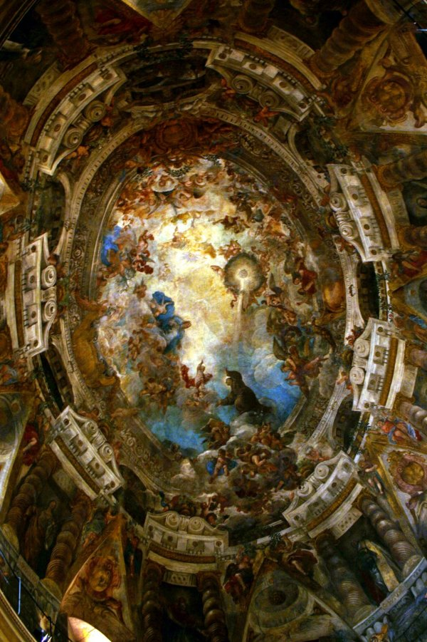 Apotheosis of San Antonio , paintings of the vault by Juan Carreno de Miranda and Francisco Rizi.