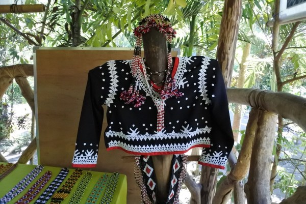 Beaded Blaan Dress on Display