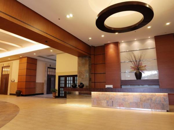 Summit Ridge Hotel Tagaytay Lobby