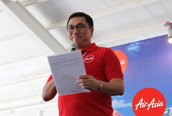 Philippines AirAsia CEO Captain Dexter Comendador delivering his welcome speech