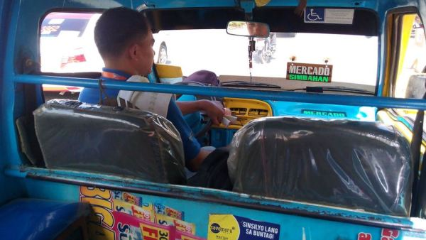 Ride the jeepneys