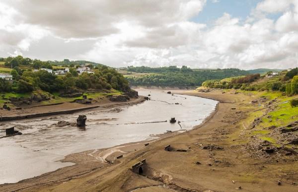The wide Minho River.