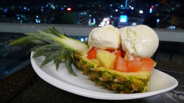 Mixed Fruits Sundae