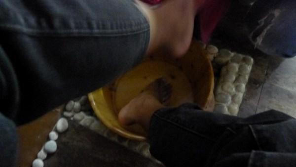 Rinsing of the feet