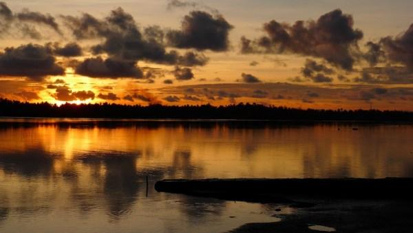 Sunrise in San Remigio
