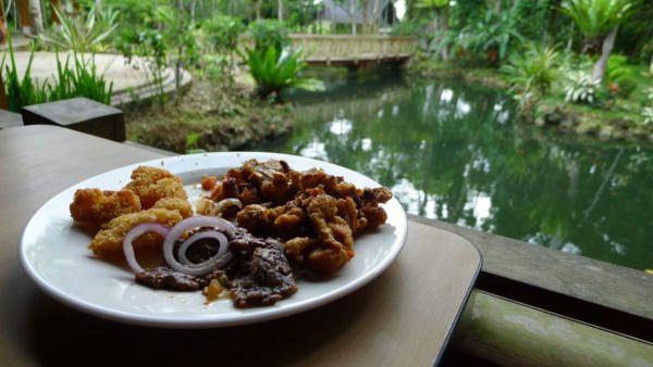 Lunch at Cuisina ni Tisay in Bohol