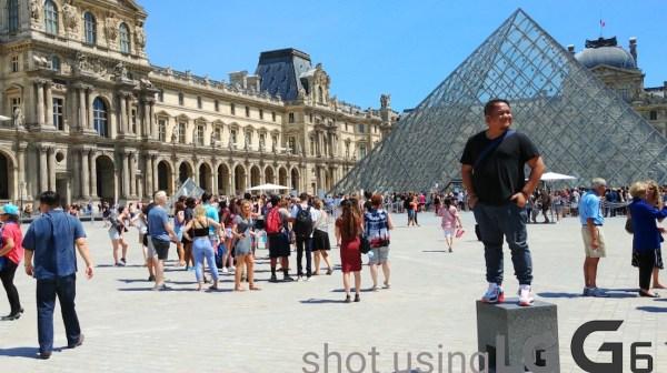 Souvenir Photo outside Louvre Museum