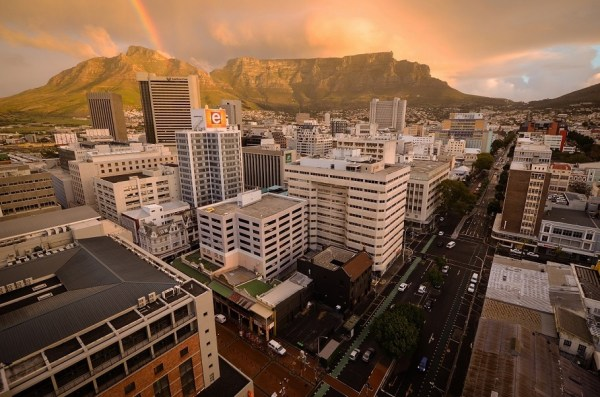 Table Mountain and Cape Town city centre