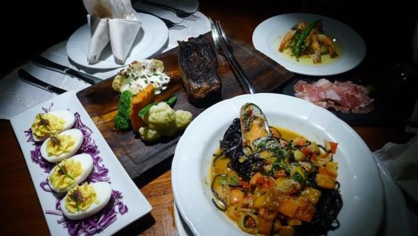Tapas, Pastas and Steaks at Palermo