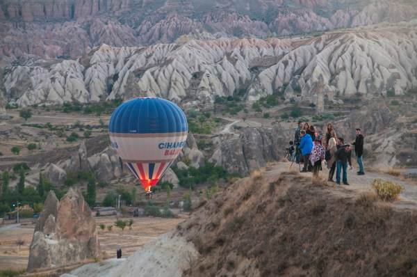 Watching a balloon taking off from the top of Sunset Point