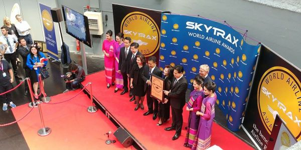 Worlds Best Economy Class Airline goes to Thai Airways