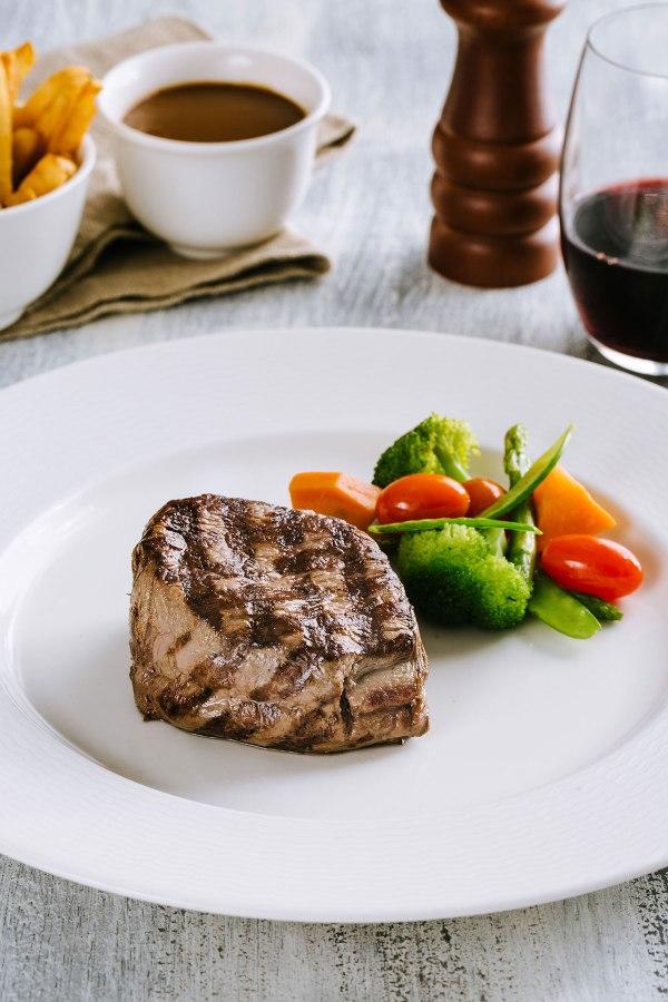 US MacDonalds Premium Angus Beef Tenderloin