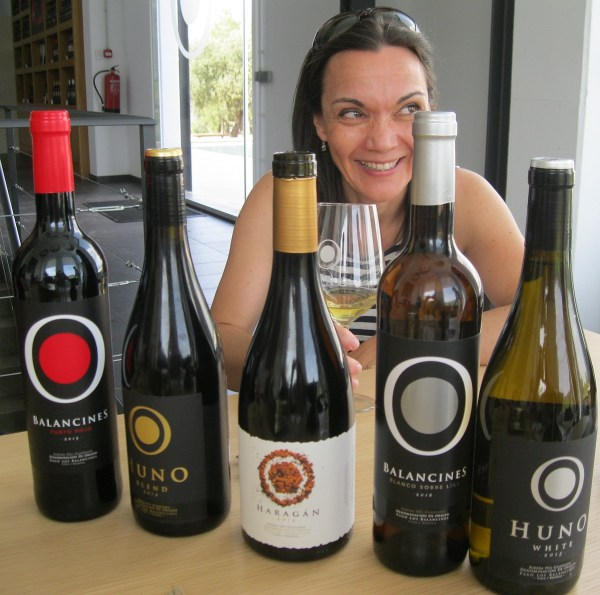 Wine expert Catalina Bustillo with some Pago los Balancines wines