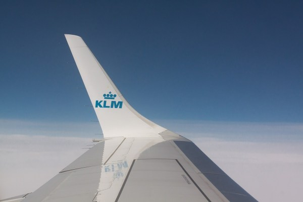 KLM first airline with verified WhatsApp business account