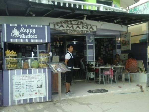 Pamana Restaurant on White Beach